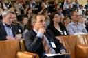 OECD: Automatiseringen hotar färre jobb i Norden - men stor skevhet mellan könen inom IT