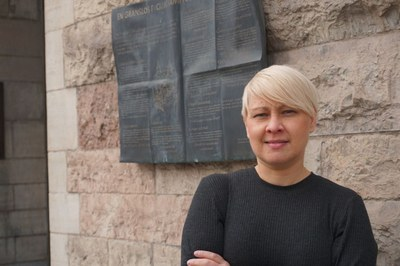 Svenska arbetarkvinnor halkar efter i löner och villkor